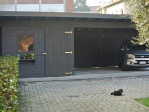 Carport auto con ripostiglio