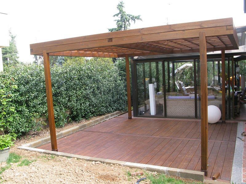 Pergole e posti auto borghi legnami s r l - Pavimento legno giardino ...