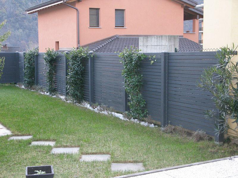 Idee per recinzioni giardino gallery of recinzioni in for Idee per recinzioni esterne